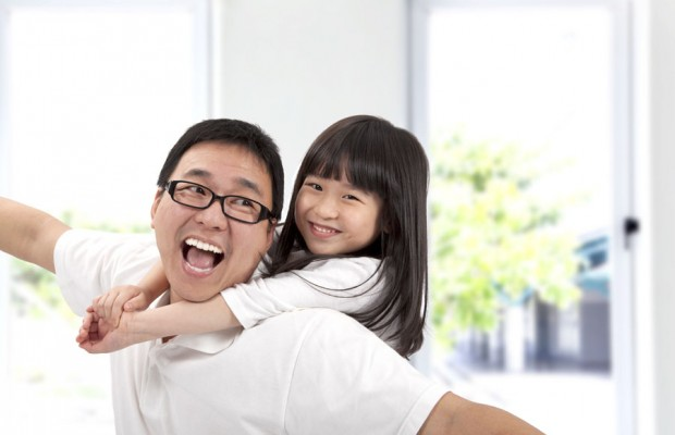 Happy father and daughter.Asian family lifestyle